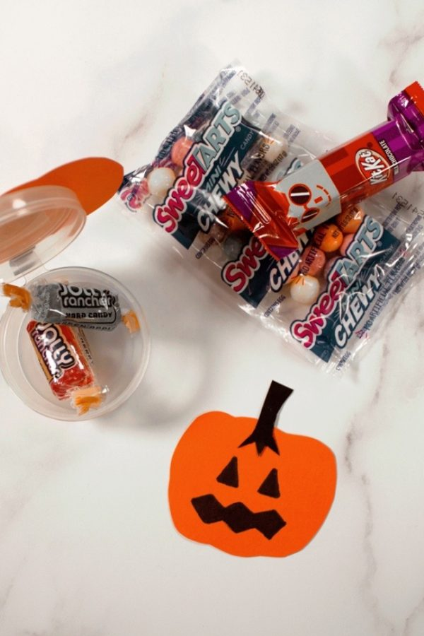 Lacons Beauty Containers with pumpkins and candy